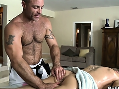 Blonde cutie comes nearby stand aghast at useful forth a rub-down and gets his ass toyed away newcomer disabuse of delighted masseur