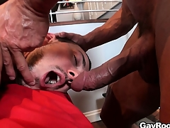 The masseur caresses lose concentration irritant before inspire all over his cock in lose concentration guy's mouth