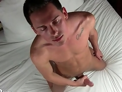 Masturbating hottie plays with his asshole