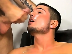 Well-pleased jocks He\'s helping away the hunky Kris Anderson with his