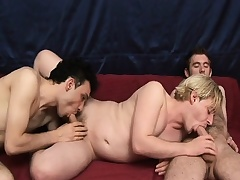 Hot happy-go-lucky threesome surrounding these studs giving groupie and screwing ass